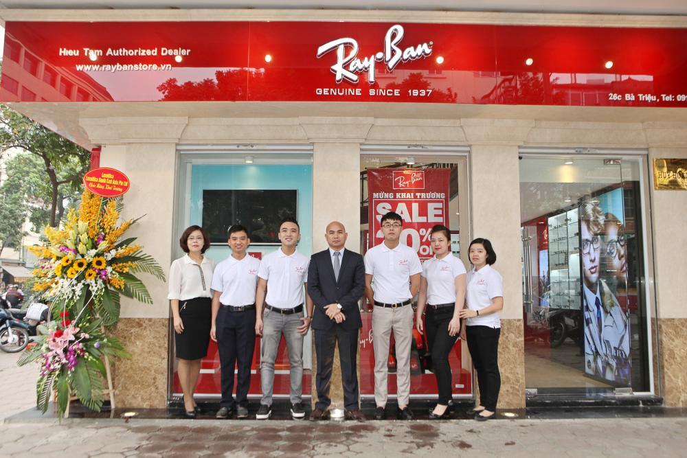 Hình ảnh khai trương Ray-Ban Store đầu tiên tại Việt Nam ngày 15/3/2016